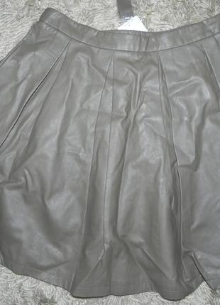 Юбка в складку из искусственной кожи 48-50р