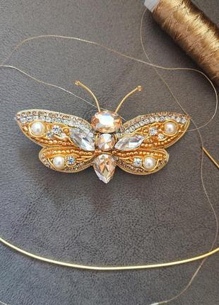 Брошь бабочка в золотом цвете