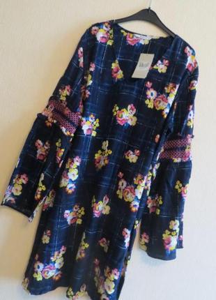 Платье в цветы рукава клёш tu 10 размер