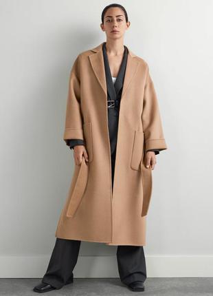 Пальто zara с накладными карманами
