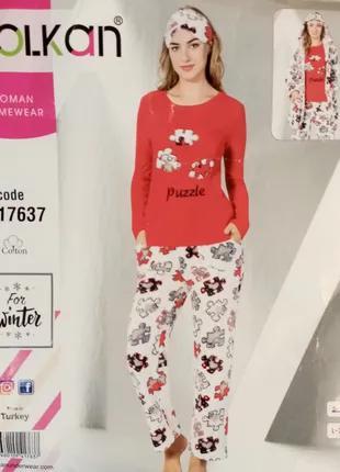 Теплая пижама трикотаж и махра красная и маска для сна