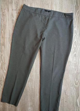 Легкие зауженные брюки f&f размер 20
