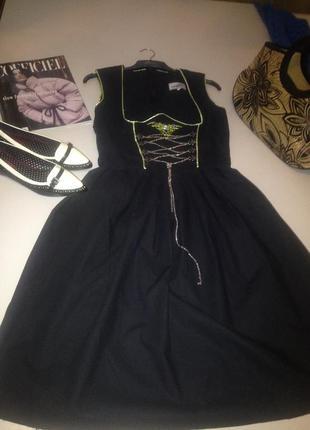 Оригинальное котоновое платье со шнуровкой.1041