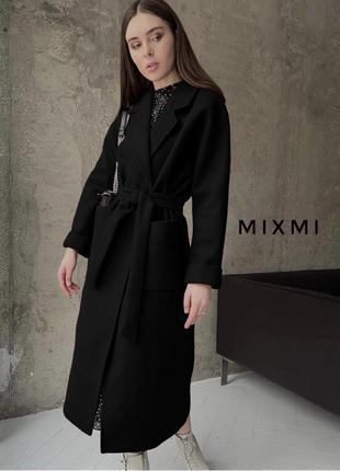 Пальто с поясом на подкладке