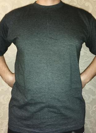 Классная серая футболка европейское качество