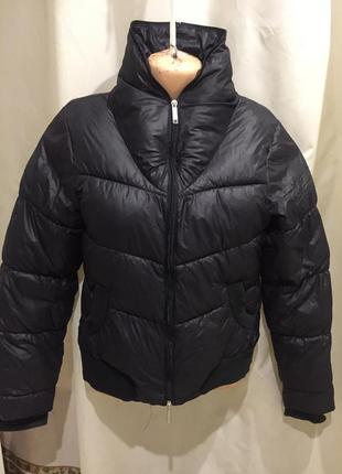 Зимняя курточка от bench 48 размер
