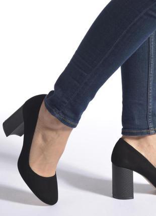 Кожаные натуральные туфли замшевые dune на толстом каблуке