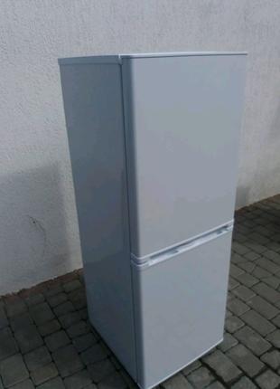 Продам холодильник  PKM, Германия, новый