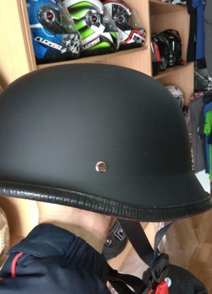 Шлем каска немецкая черная матовая Польша качественная
