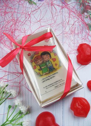Оригинальное подарочное мыло ручной работы Love is...