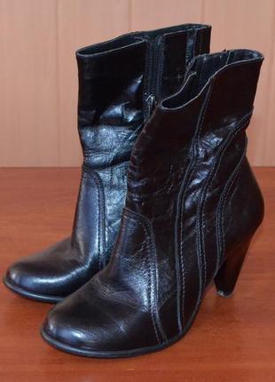 Дуже модні 🍭 черевички чоботи сапоги деми 37 р.