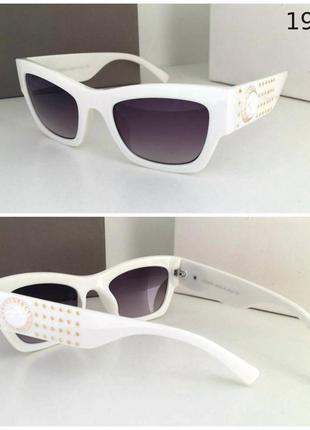 Новинка 2019 стильные женские солнцезащитные очки в белой оправе