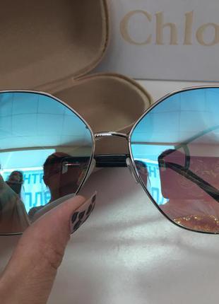 Женские солнцезащитные очки оверсайз