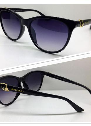 Женские солнцезащитные очки классика можно на узкое лицо