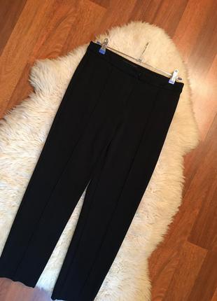 Актуальные брюки прямого кроя