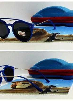 Детские очки  солнце черные в синей оправе ( код 7922)