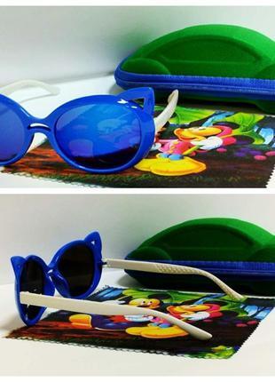 Детские солнцезащитные очки кошечки зеркалки в синей оправе