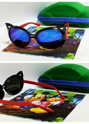Детские солнцезащитные кошечки зеркалки в черной оправе