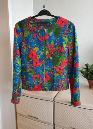Укороченный жакет пиджак с цветочным принтом на молнии бомбер ...