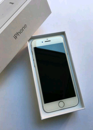 Новый. Оригинал. iPhone 8 64Gb Silver