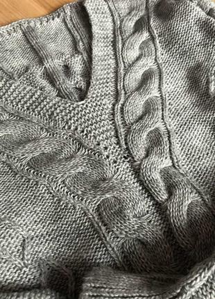 Дуже класний в'язаний светер. Р. С-М. Новий, але без бірки
