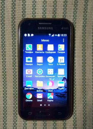 Samsung Galaxy j1.Смартфон.