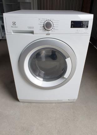 Пральна/стиральная/ машина Electrolux Wash & Dry 8/7 KG з Сушкою