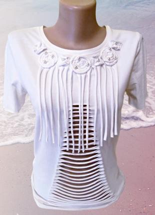 Белая футболка atmosphere с рваными деталями ручной работы