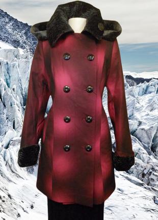 Красивое стильное зимнее пальто на синтепоне с капюшоном shotelli