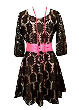 Кружевное нарядное черное платье yumi