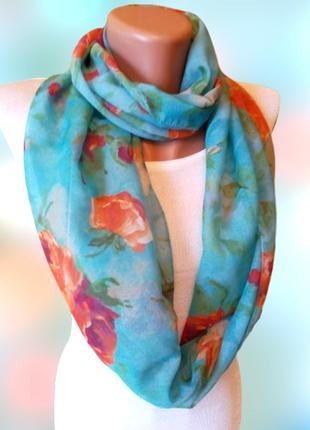 Бирюзовый шарф хомут в цветы