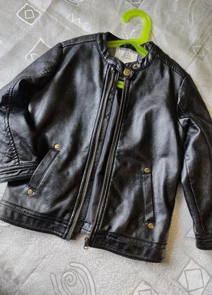 Курточка эко кожа waikiki 4-5 лет