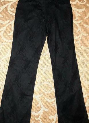 Стильні брюки італія