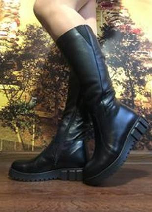 Кожаные женские зимние черные сапоги низкий каблук натуральная...
