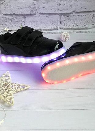 Кроссовки с подсветкой usb