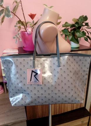Светло-серая сумка шоппер rogue by rihanna badgirlriri