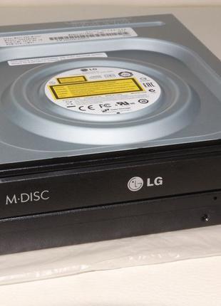 Оптический привод DVD+/-RW Hitachi-LG GH24NSD5 SATA