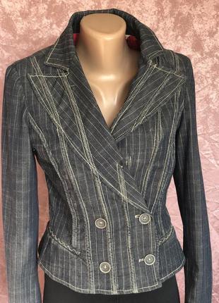 Винтажный приталенный пиджак exte италия оригинал