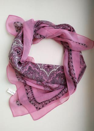 Платок накидка шарф розовый белый узор лёгкий тонкий