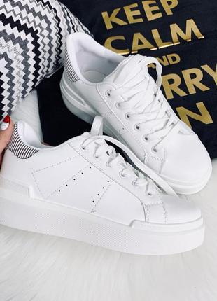 Белые кроссовки /кеды на платформе,белые кроссовки /кеды с пол...