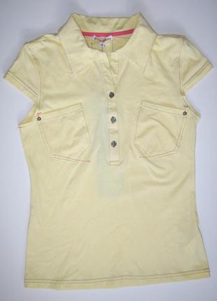 Модная футболка в стиле поло