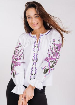 Современная вышиванка блуза с вышивкой