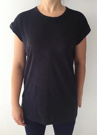 Удлиненная футболка, базовая футболка.