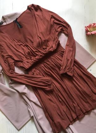 Платье на запах(s)