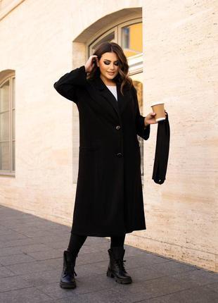 Чёрное замшевое пальто на пуговицах