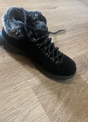 Зимові ботинки
