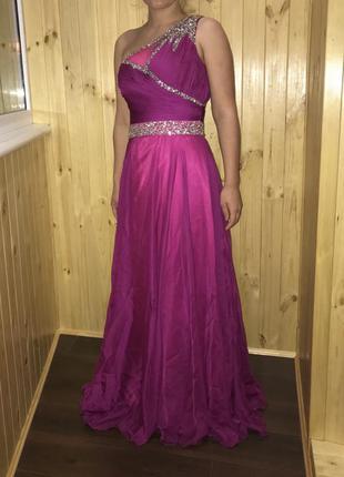 Вечернее выпускное платье фуксия