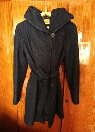 Модное пальто на осень 44-46 р