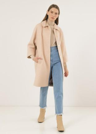 Женское пальто season бланш кремового цвета и рукавом 3/4.