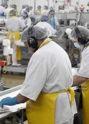 Рабочий,сортировщик,упаковщик на рыбный завод в Норвигию